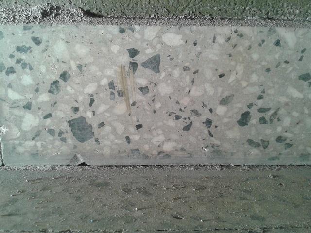Solucionado piso mosaico granito pulido junta e for Pulido de pisos de granito