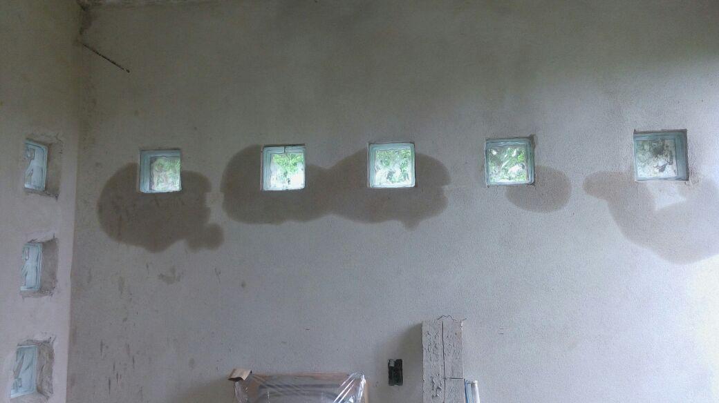 Humedad en ladrillos de vidrio construcci n yoreparo - Ladrillo de cristal ...