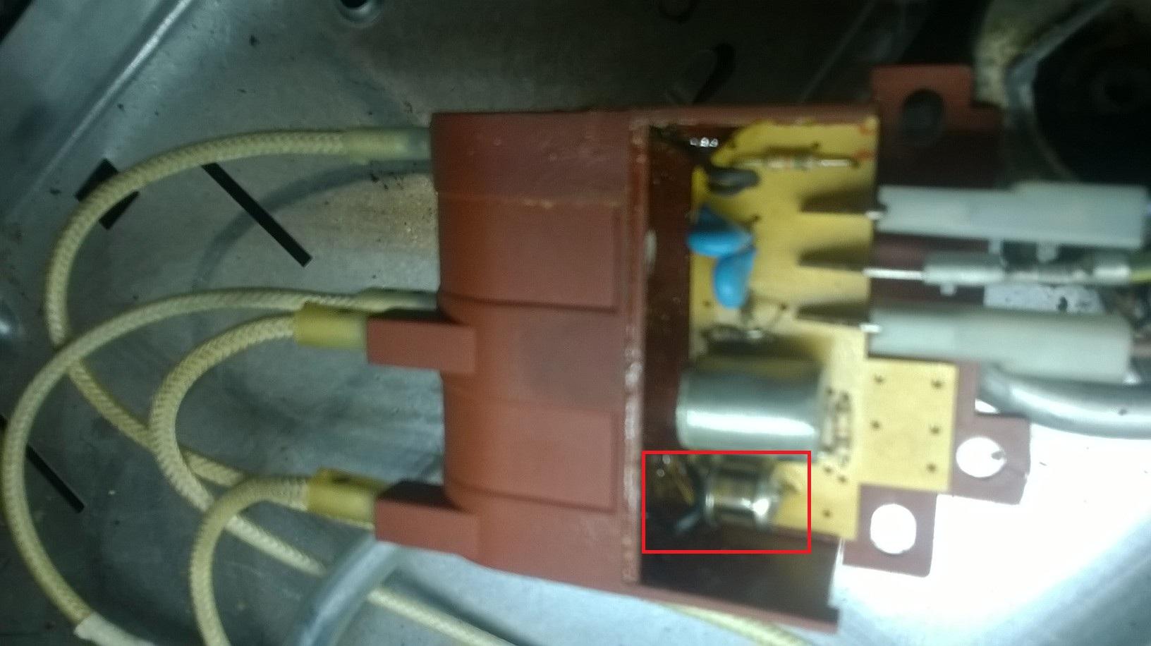 Solucionado problema con la chispa de la cocina yoreparo for Cocina whirlpool wfx56dg