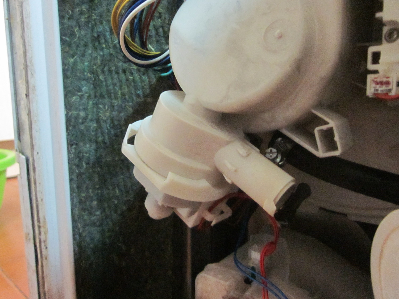 Lavavajillas whirlpool adp6920 no desagua lavavajillas for Mi lavavajillas no desagua