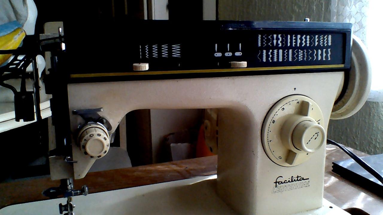 Solucionado: Maquina de coser singer facilita fuera de